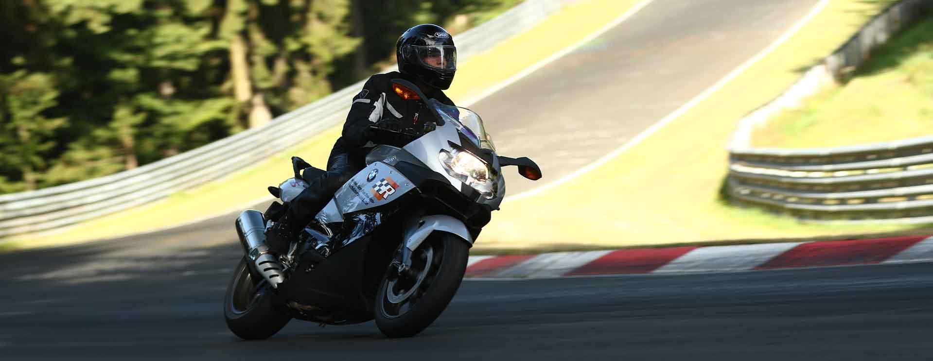 motorrad auf nürburgring nordschleife