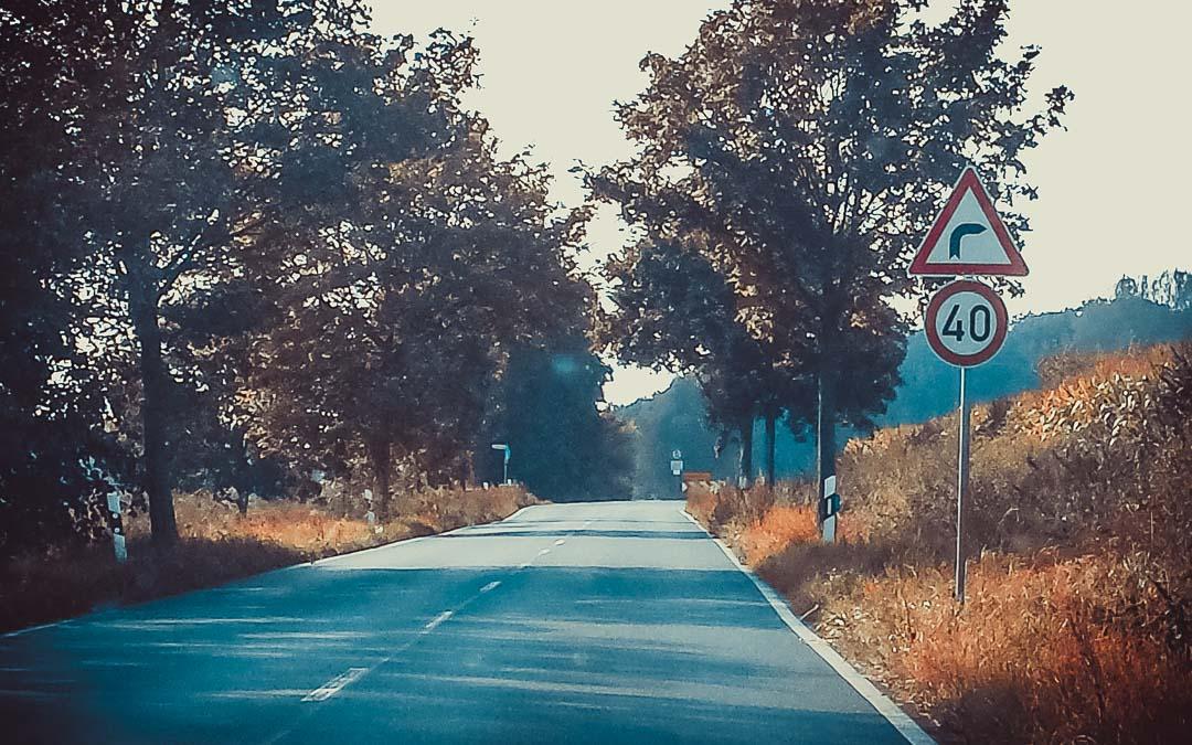 wie lange gilt eigentlich eine Geschwindigkeitsbegrenzung?