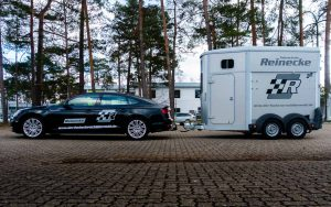 Audi a5 mit Pferdeanhänger